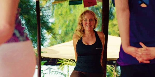 Yogaläraren Lou Åberg